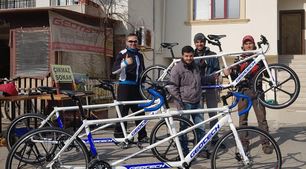 Yeni tandemlerimizi Hermes Bisiklet'ten teslim aldık