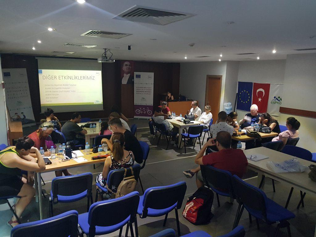Çalıştaya İzmir, Aydın, Manisa, Denizli, Çanakkale, Bursa, Eskişehir, Ankara ve Gaziantep illerinden çok sayıda Eşpedal üye ve Gönüllüsü katıldı.